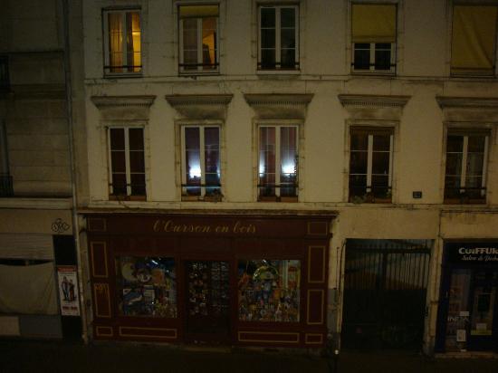 Hotel Albe Bastille: Vu en face