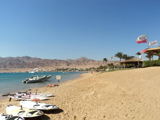 Dahab Resort: view from down the beach some way