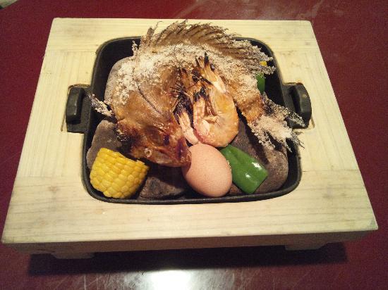 Hamakatsu Shippoku: 甘鯛の石焼