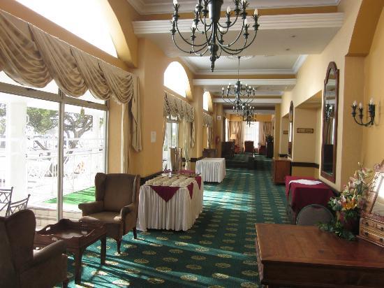 Balmoral Hotel: Hotel