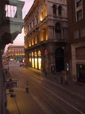Hotel Rio: Vista desde la habitación a la Plaza del Duomo