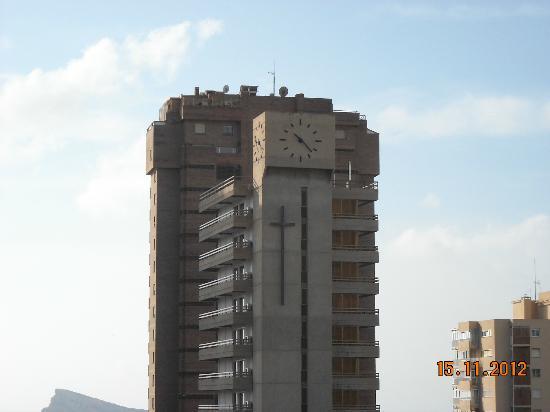 Benidorm Centre Hotel : Culprit clock.