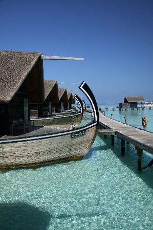 Cocoa Island by COMO: The dhoni suites