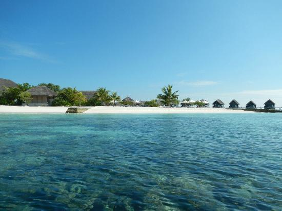 COMO Cocoa Island, The Maldives: The deck from the reef