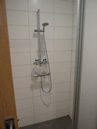 Hotel Klettur: douche