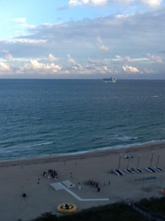 Fort Lauderdale Marriott Harbor Beach Resort & Spa: view from our room
