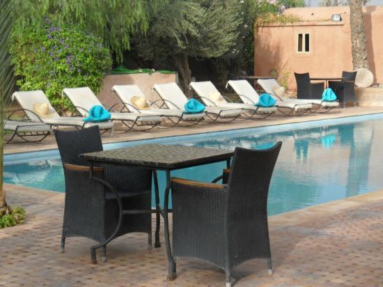 Villa 55: Vue sur la piscine