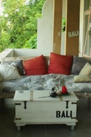 Room@Bali Hip Suite: private balcony at industrial chic