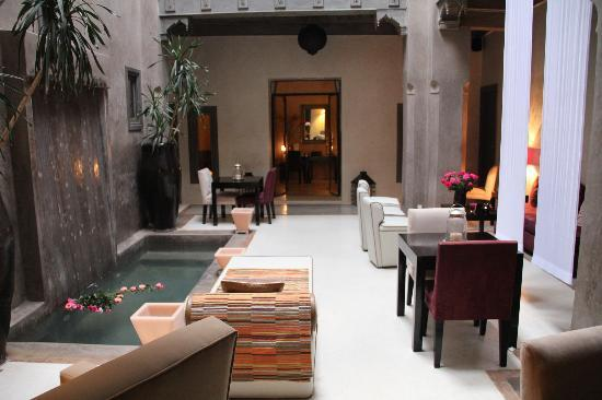 Riad Dar One: Patio