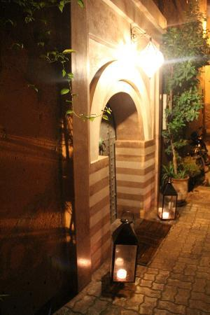 Riad Dar One: Entrance