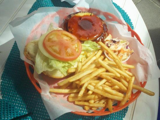 Bath & Turtle Restaurant: Tasty Tropical Burger