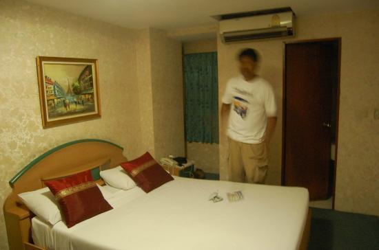 Nasa Vegas Hotel Our Room