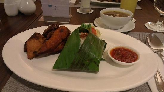 Aston Tanjung Pinang Hotel and Conference Center : Our Dinner