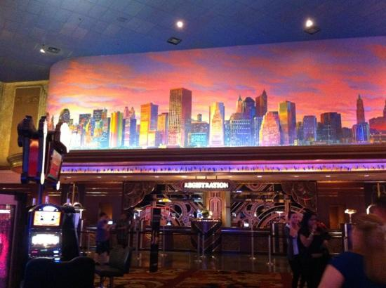 New York - New York Hotel and Casino: lobby