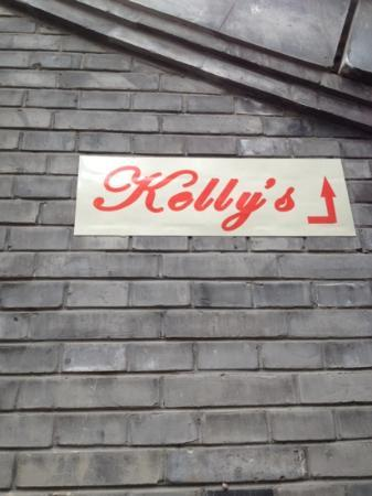 Kellys Courtyard: follow the signs