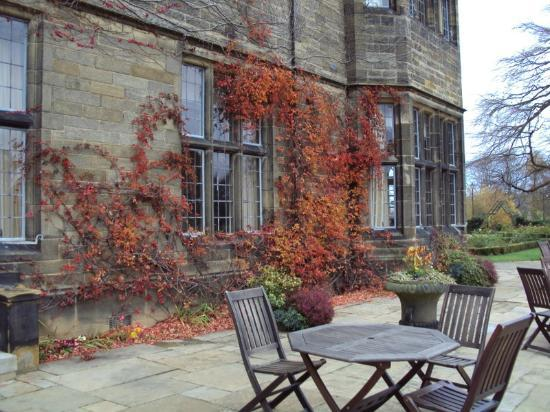 Gisborough Hall Hotel: Outside Seating
