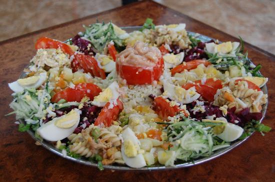 Salade Vari 233 E Picture Of Restaurant Al Moukhtar