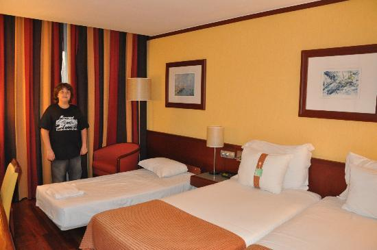 Holiday Inn Lisbon - Continental: quarto