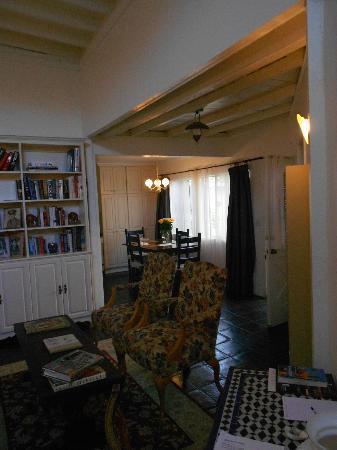 Garden Cottage B & B : lounge