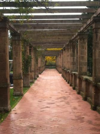 Tenuta Torre Gaia: il portico