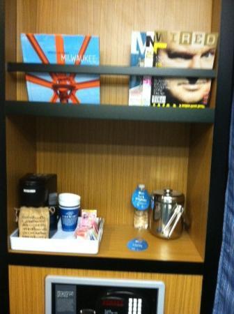 Aloft Milwaukee Downtown: Plenty of storage and coffee maker in room!