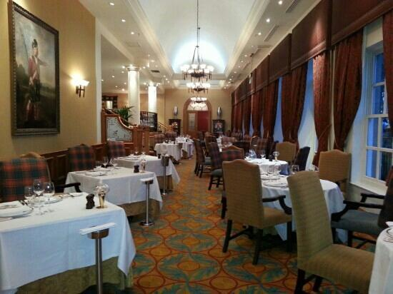 Dalmahoy Hotel & Country Club: the Pentland restaurant