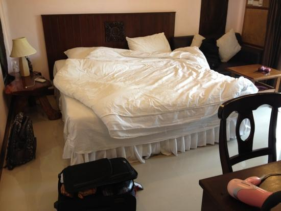 Seabreeze Hotel Kohchang: bed