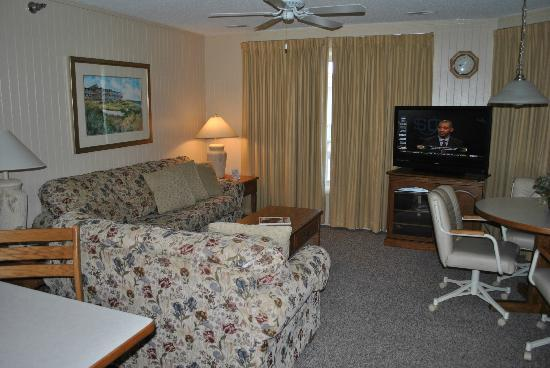 Outer Banks Beach Club: Two bedroom suite
