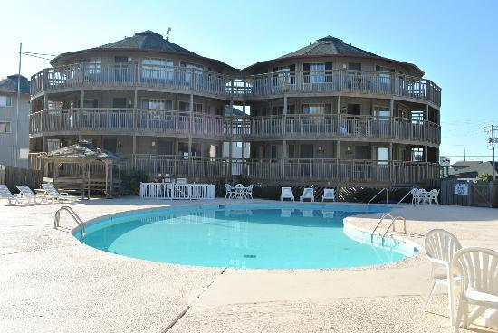 Outer Banks Beach Club: One of three pools