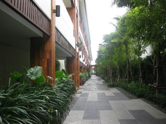 Cape Nidhra Hotel: Zimmer- und Strandzugang