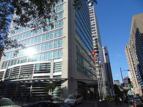 Sofitel Montreal Golden Mile: L'edificio