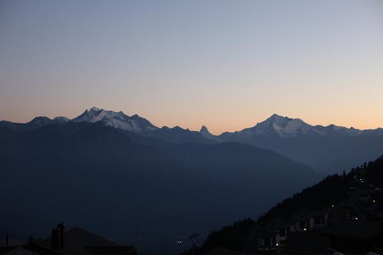 Hotel Bettmerhof : Aussicht zum Matterhorn