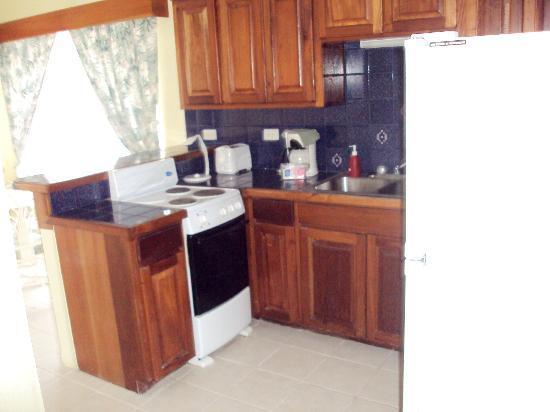 سان بريز سويتس: Kitchen 