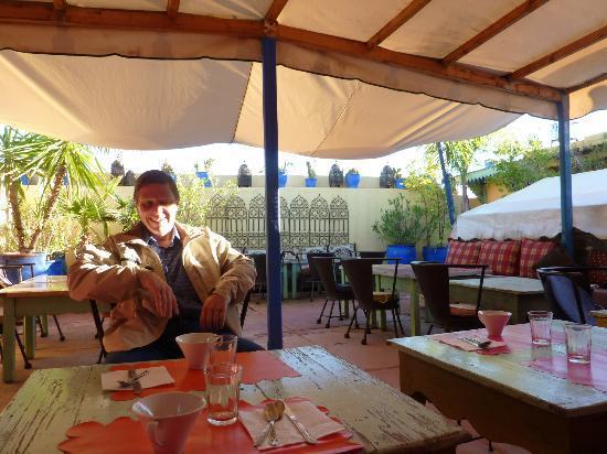 Riad Numero 10: terraza donde se desayuna