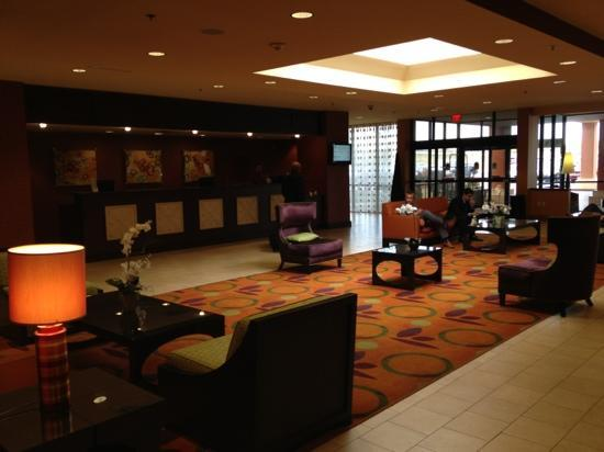 ‪‪DoubleTree DFW Airport North‬: lobby