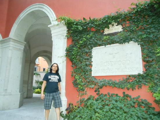Rosewood San Miguel de Allende: Entrance OCT2012