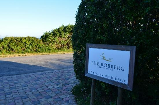 The Robberg Beach Lodge: Entrata