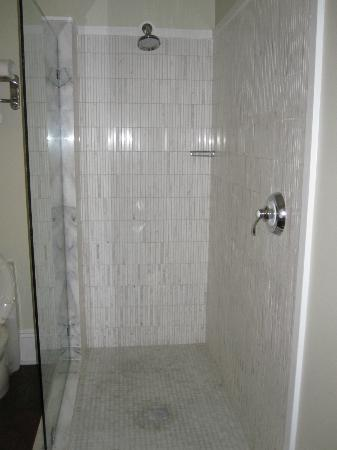 Cypress House Hotel : Key West: Shower - Room 11