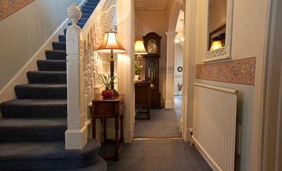 The Hermitage Guest House: Hallway to Guest Lounge and Dining Room