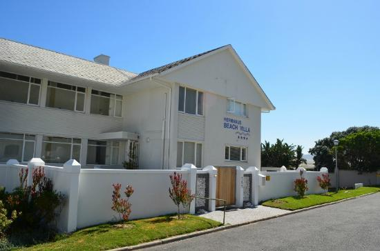 Hermanus Beach Villa : front view