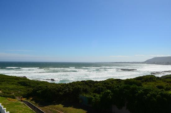 Hermanus Beach Villa : vista dalla terrazza