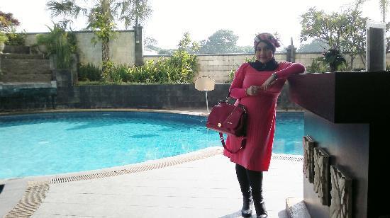 Grand Setiabudi Hotel: swimming pool