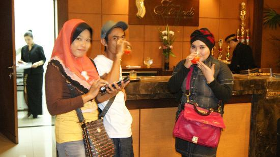 Grand Setiabudi Hotel: welcome drinks