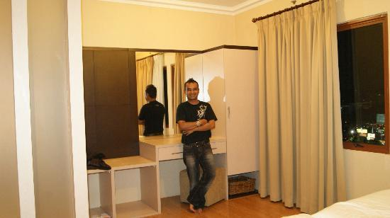 Grand Setiabudi Hotel: our room