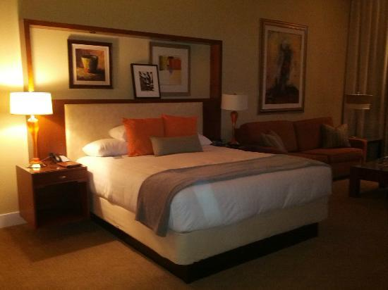 Hyatt Regency Indian Wells Resort & Spa: Bed was heaven!