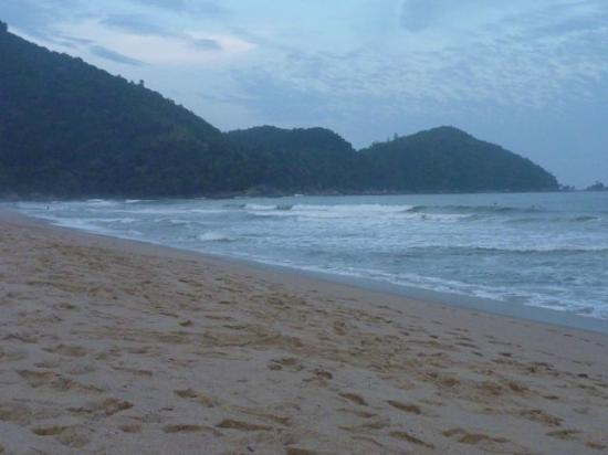 Villa Tenorio: across the road from the hotel is this beach