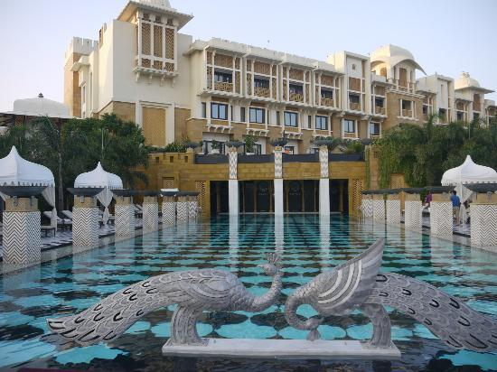 Hotel Pool Cool But Wonderful Swimming Picture Of The Leela Palace Udaipur Udaipur