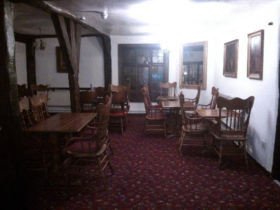 Ye Olde King's Head: dining area