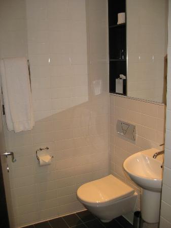 Park Grand London Paddington: bathroom