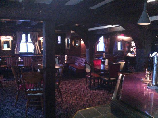 Ye Olde King's Head: bar area